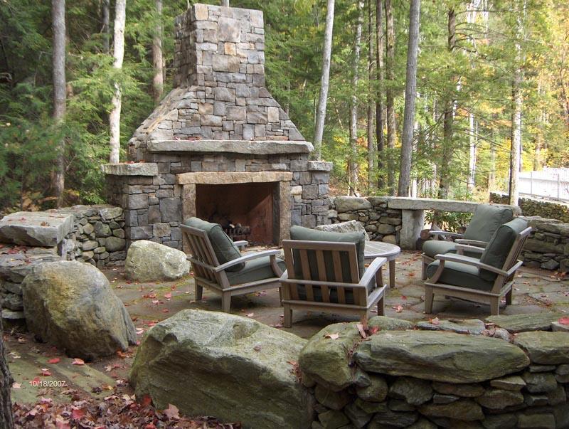 Brick outdoor fireplace peculiarities fireplace designs for Outdoor fireplace designs plans