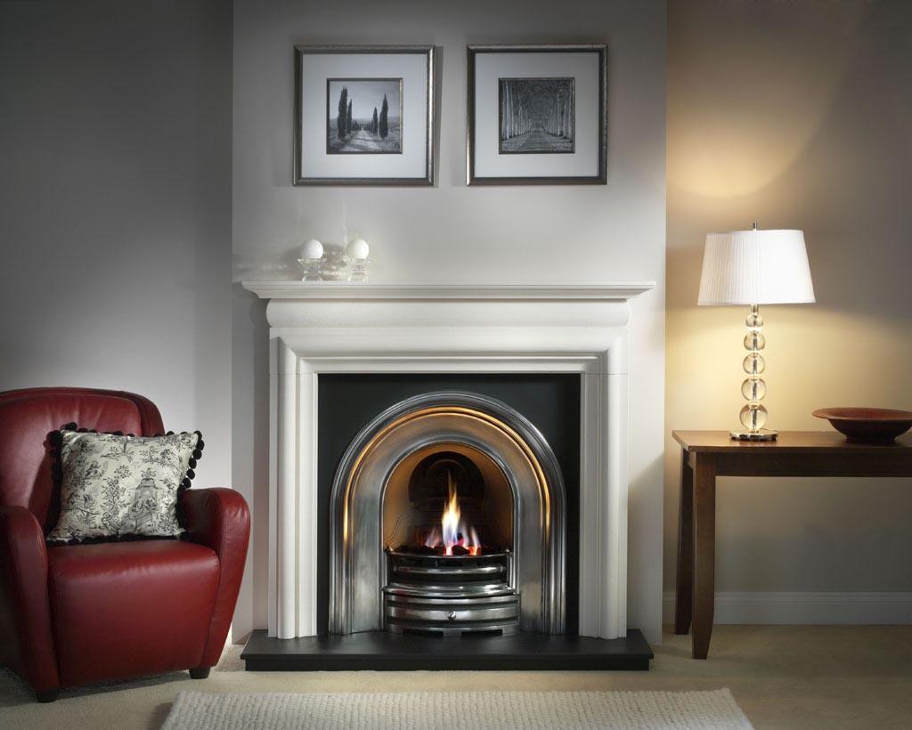 Eye catching ideas for contemporary fireplace surrounds for Fire place mantel ideas