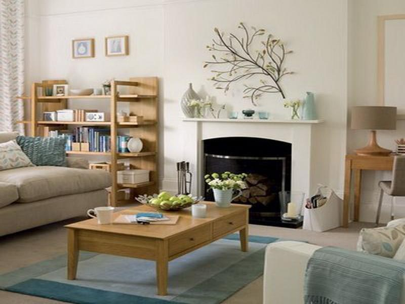 Decorating living room with fireplace fireplace designs for Kid friendly family room design