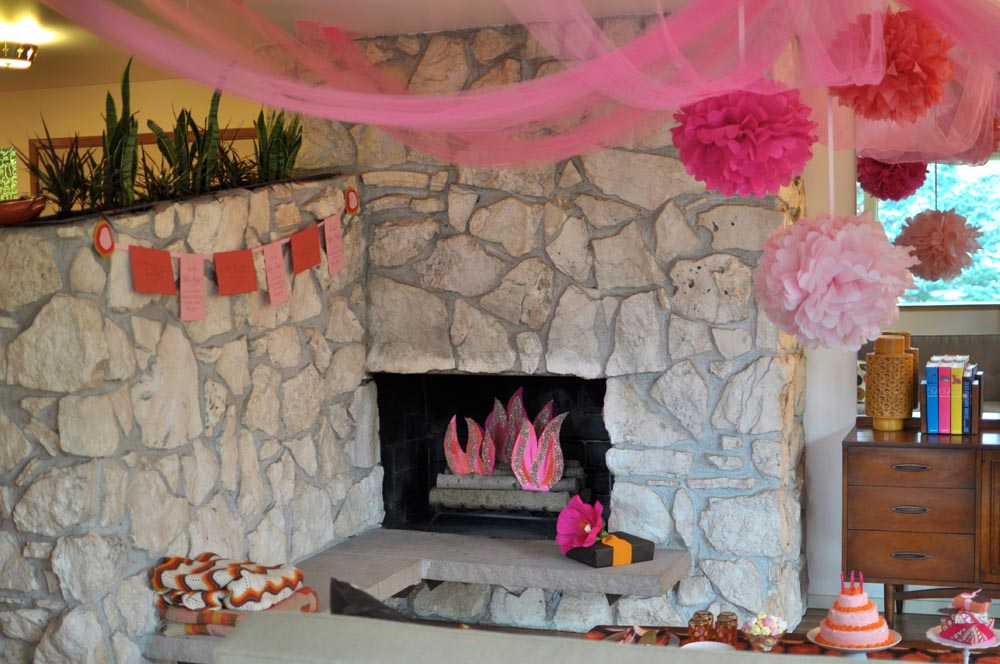 DIY Fake Fireplace Fire
