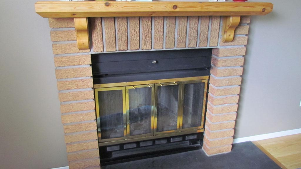 DIY Faux Fireplace Mantel Shelf