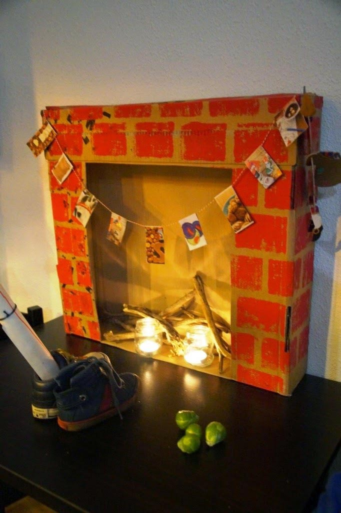 How to Make a Fake Christmas Fireplace
