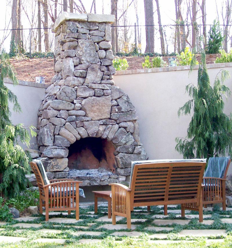 Natural stone outdoor fireplace fireplace designs for Outdoor fireplace designs plans