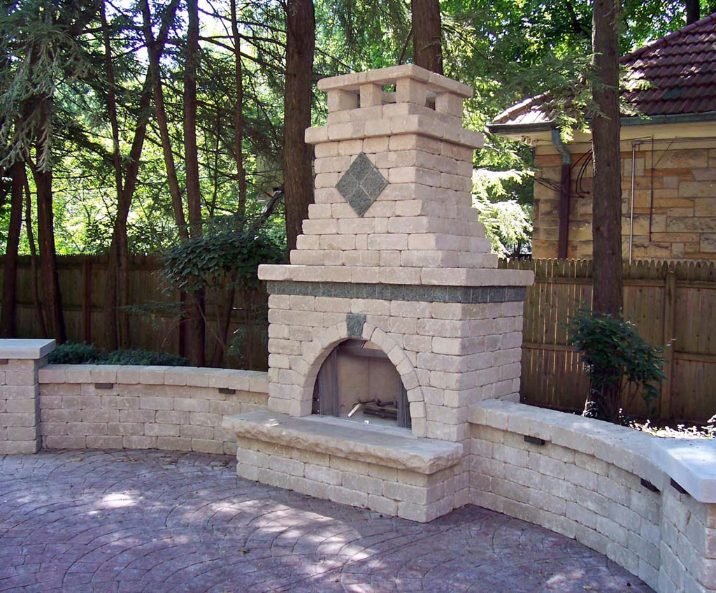 Outdoor brick fireplace designs fireplace designs for Outside fireplace plans