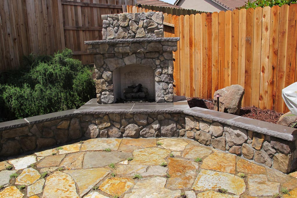 Outdoor Stone Fireplace Pictures