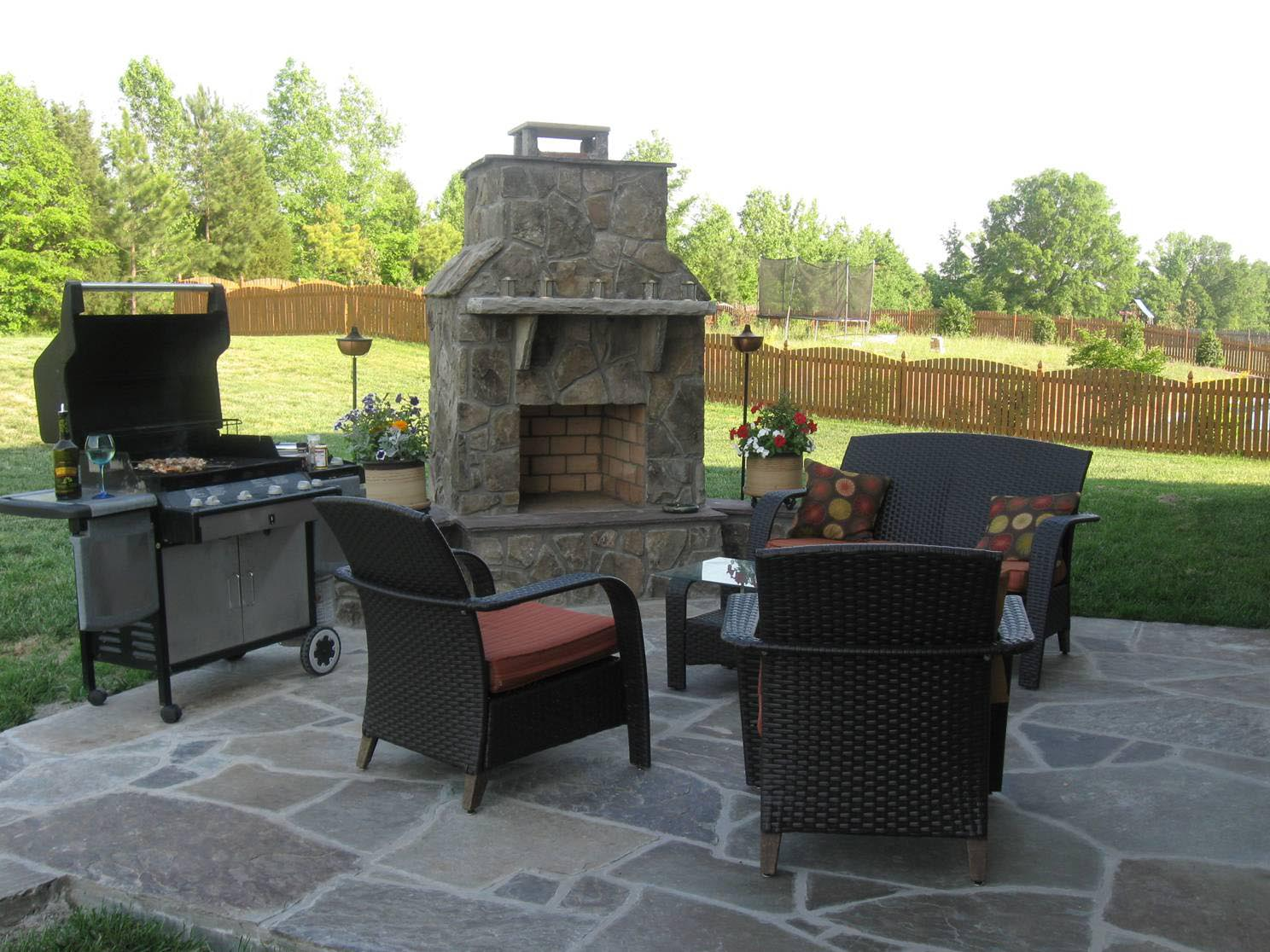 Stone for outdoor fireplace fireplace designs for Outdoor stone fireplace designs